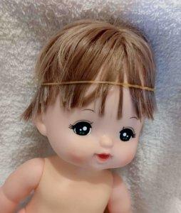 メルちゃん 輪ゴムで髪の毛を抑える裏ワザ